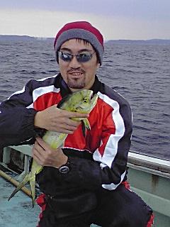 七尾湾で釣三昧、北脇惨敗…。